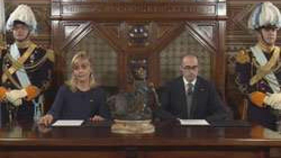 S.E. Lorella Stefanelli S.E. Nicola RenziI Capitani Reggenti invitano il paese alla fiducia nel discorso di fine anno