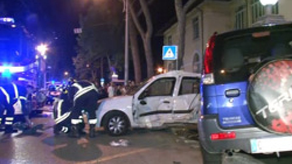 Rimini: grave incidente in Viale Regina Margherita, sei feriti tra cui una bimba di 8 anni