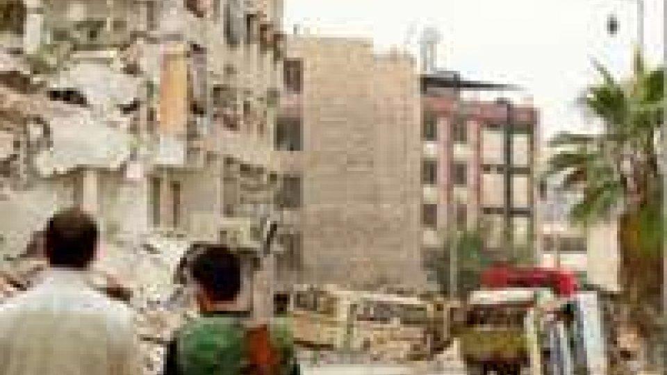 Siria: bombardata una panetteria. Morte due famiglie