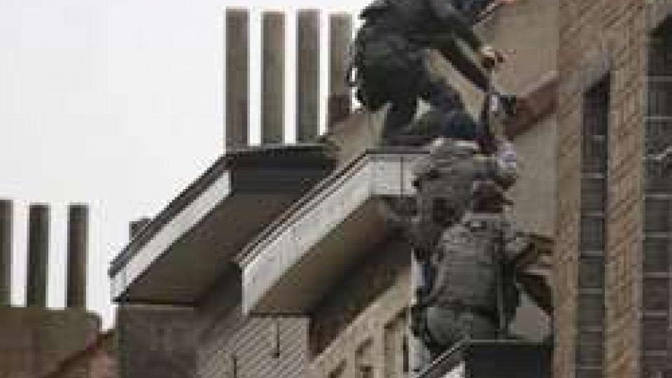 Bruxelles: blitz a Molenbeek, si cerca Salah Abdeslam