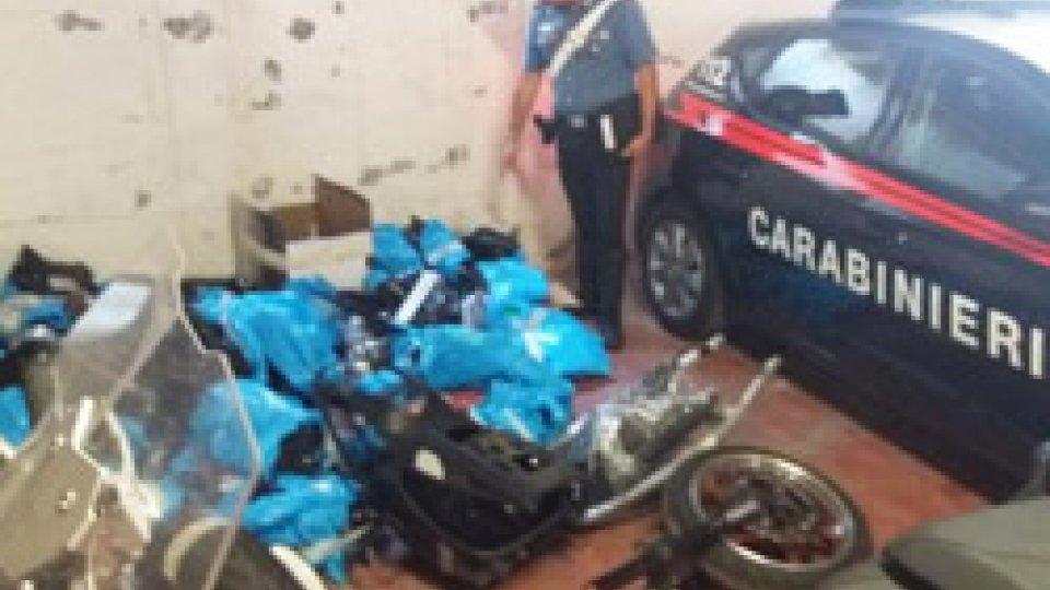 Rimini: blitz dei Carabinieri in officine meccaniche, rinvenute parti di moto rubate
