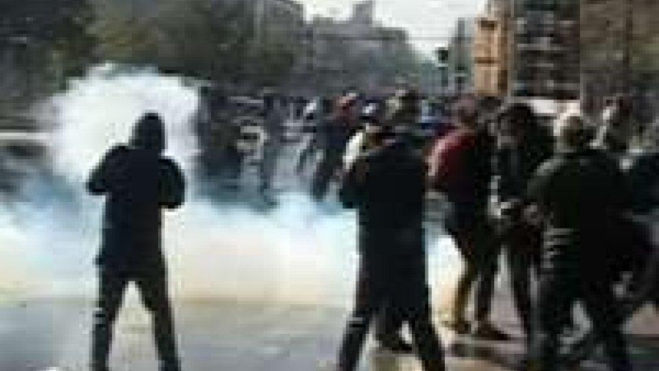 In Cile studenti in strada chiedono istruzione gratuita