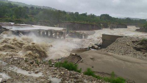 Crollo traversa Marecchia - Le foto dalla pagina Facebook del Comune di Verucchio
