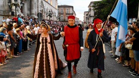 il corteo a Sulmona