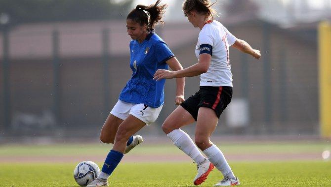 Chiara Beccari in azione contro la Polonia (Foto: FIGC)