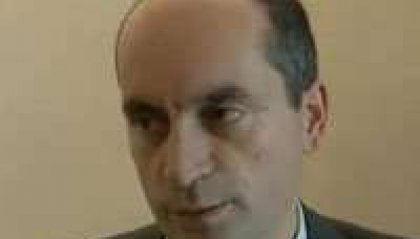 Podeschi resta dentro: la difesa deposita il contratto con la Amman Resort