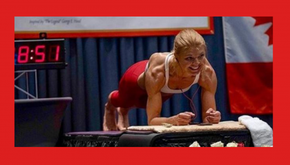 Record mondiale femminile di Plank