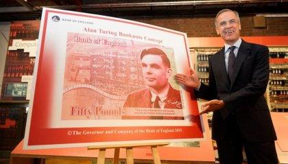 L'Inghilterra riabilita Alan Turing, il volto del matematico sulle banconote da 50 sterline