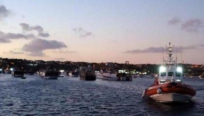 """Open Arms: sedicesimo giorno in mare per i 134 migranti. Salvini: """"io non mollo"""""""