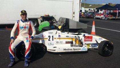 Davide Meloni trionfa nella prova della Formula Ford 1600 in Galles