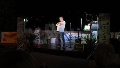 Sganassau: con Duilio Pizzocchi si chiude la kermesse comica a Faetano