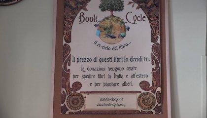 """A Roma è nata la """"Casa dei libri senza prezzo"""", in un quartiere popolare e multietnico"""