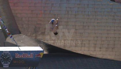 Red Bull Cliff Diving: ultima tappa a Bilbao. Sette su sette per la Iffland