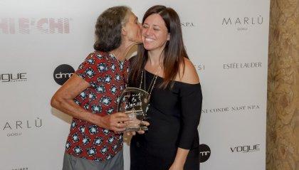 """Milano, al """"Chi è Chi Awards della Moda"""" Benedetta Barzini riceve il premio Marlù """"Be Woman"""""""
