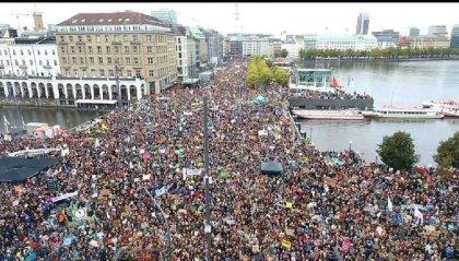 Sciopero globale per il clima: migliaia di giovani in piazza in 150 paesi