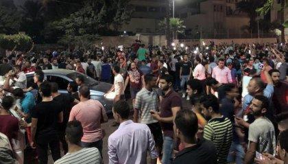 Egitto: centinaia di persone in piazza contro il presidente Sisi, arresti dalla polizia