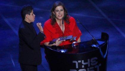 Tifoso dell'anno Fifa: il premio a una mamma