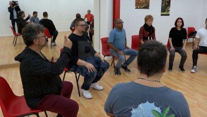 Teatro: adulti sul palco tra risate ed emozioni