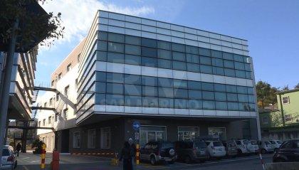 Entrò abusivamente nella cartella clinica del figlio di Santi, condannato pediatra