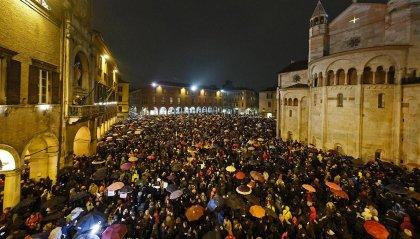 Continuano le iniziative delle 'sardine': pienone a Modena, domenica saranno a Rimini