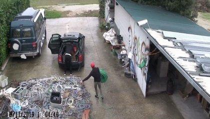 Furto di cavi in rame a Savignano, madre e figli pizzicati dal sistema di videosorveglianza