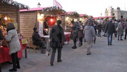 Primo sabato di Natale: il centro storico si riempie di turisti