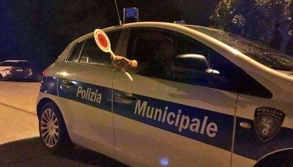 Cervia: tenta di rubare l'auto della Polizia, poi si scaglia contro gli Agenti
