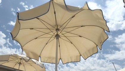 """Stabilimenti balneari: Commissione tributaria, 'sconto' del 50% dell' Imu """"sull'ombra"""""""