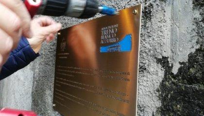 Targa imbrattata, Associazione Treno Bianco Azzurro comunica l'avvenuto ripristino