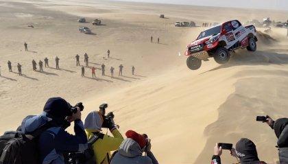 Dakar moto, vittoria di Barreda nella decima tappa accorciata per il vento. Gerini nono. Nelle auto dominio Sainz