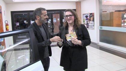 Silvia Mancini vince il primo premio della Lotteria della Befana