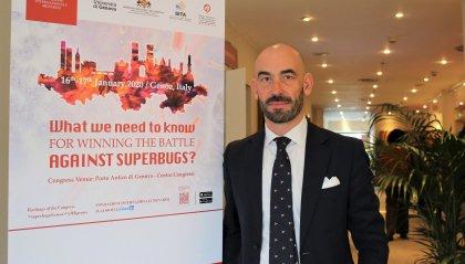 Cresce l'allarme per il nuovo virus cinese: l'esperto ci spiega i reali rischi per l'Italia