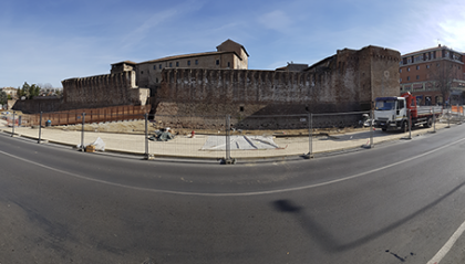Cantieri in dirittura d'arrivo: tra fine febbraio e metà marzo si concludono le riqualificazioni previste nella nuova piazza della stazione e nel fossato di Castel Sismondo