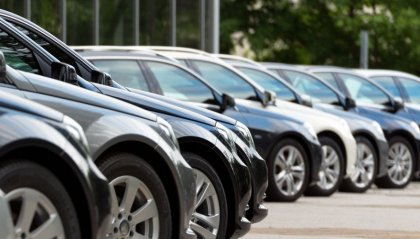 """Auto: vendite in calo, pesa ancora la """"demonizzazione"""" del diesel"""