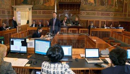 Consiglio: giustizia protagonista tra toni accesi e tentativi di dialogo
