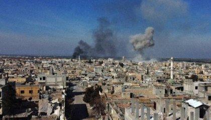 Siria: morti militari turchi in un raid aereo, Ankara dichiara di non fermare più i rifugiati