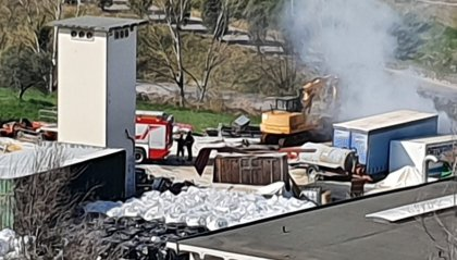 Incendio a Serravalle: a fuoco alcune balle di fieno