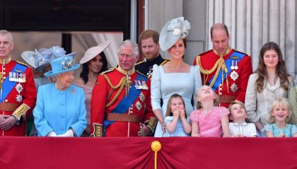 La Regina Elisabetta in isolamento lontano da Buckingham Palace