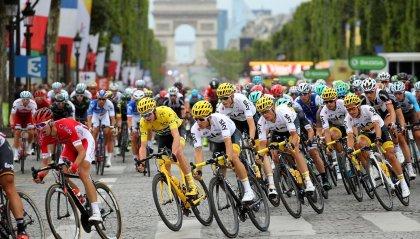 """""""Tour de France senza pubblico"""": la proposta del Ministro francese"""