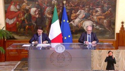"""Conte e Gualtieri: """"4,3 miliardi ai Comuni e 400 milioni per generi alimentari ai cittadini"""""""