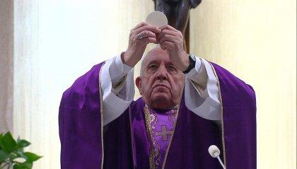 "Papa Francesco: ""Fermare le guerre ed evitare tragedia nelle carceri"""
