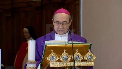 Il Vescovo Mons. Turazzi in preghiera a Valdragone