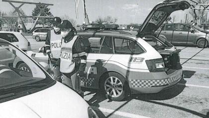 A14: controlli della Polizia Stradale a tutte le auto fra Forlì e Cesena, 7 sanzioni e una denuncia