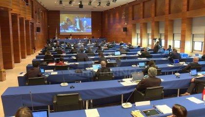 In Consiglio le priorità per il sistema finanziario, da finanziamenti esteri a una moneta interna