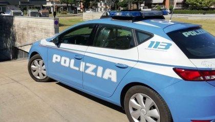 Dà in escandescenza in un bar: la Polizia lo arresta per violenza e resistenza a Pubblico Ufficiale