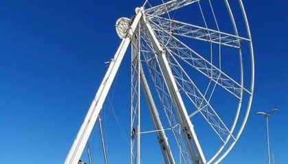 La ruota panoramica torna a girare al porto di Rimini