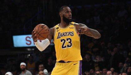 35 giocatori NBA tra i 100 sportivi più pagati al mondo