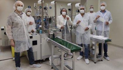 Valpharma avvia la produzione di mascherine e regala quelle realizzate nel primo giorno di lavoro