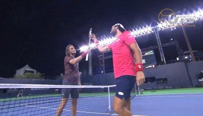 Tennis, Berrettini batte Tsitsipas e trionfa in Francia
