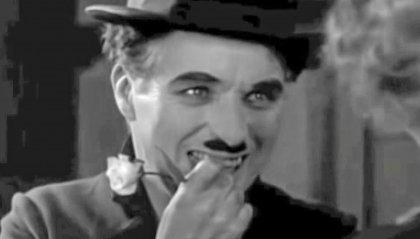 """Chaplin è """"The tramp"""" in LUCI DELLA CITTÀ alla fortezza"""